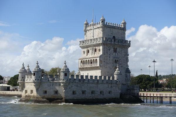 Torre de Belém vom yello boat aus gesehen