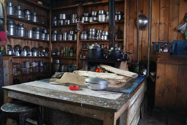 Typische tibetische Küche im Guesthouse....