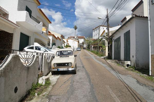 Der STEILE Austieg nach Portalegre - und dann ein R4 - wo gibt's denn sowas - in Portugal...