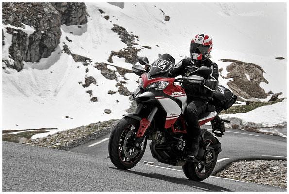 In den französischen Alpen mit der Ducati Multistrada Pikes Peak