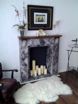 Schlafzimmer mit besonderem Kamin