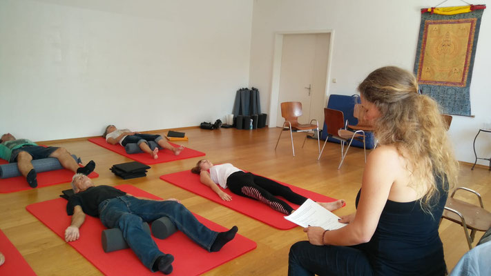 Marielle Faber leitet ein NeuroScanBalance Bodenprogramm