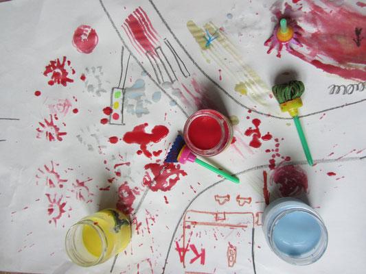 Malowanie farbkami z mleka