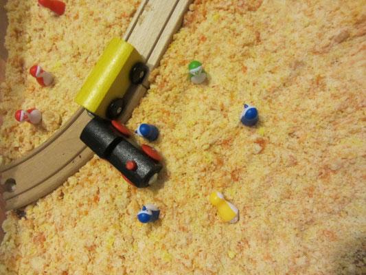 Domowy piasek i ciuchcia