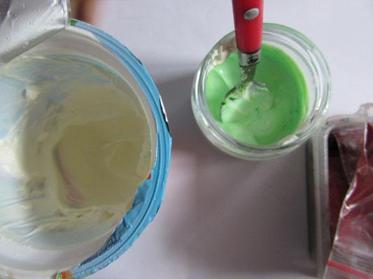 Farbki z jogurtu lub śmietany
