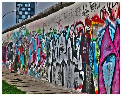 Graffiti-Objekt Berliner Mauer