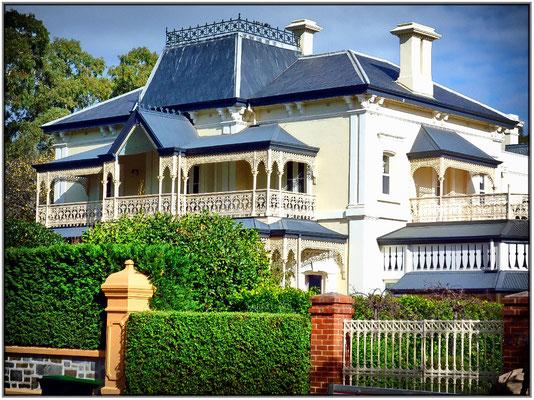 Schöne Villa im viktorianischen Stil.