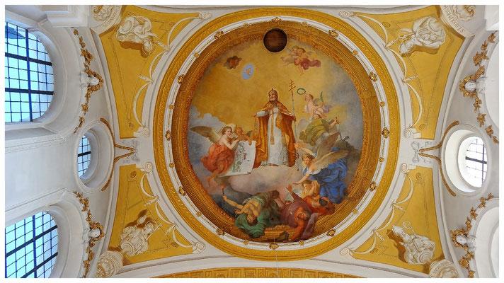 Barocker Deckenfresken des schwäbischen Barockmalers Konrad Huber