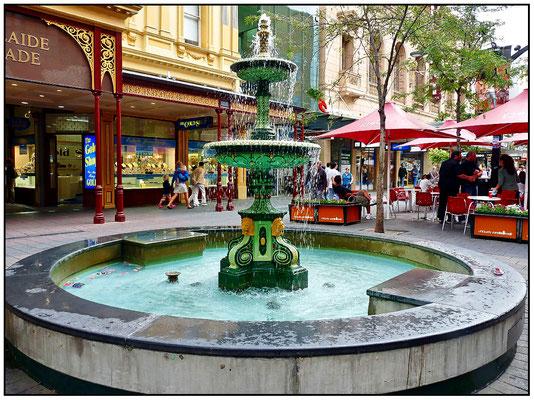 Brunnen vor der Adelaide Arcade.