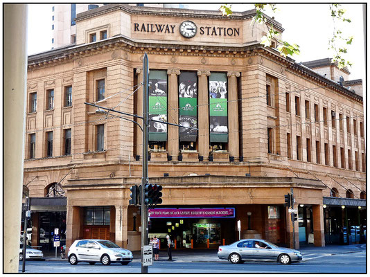 North Terrace. Bahnhof. Adelaide Railway Station