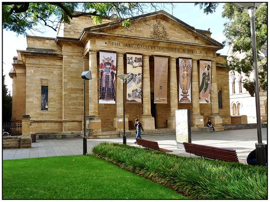 North Terrace. The Art Gallery of South Australia. Kunstmuseum