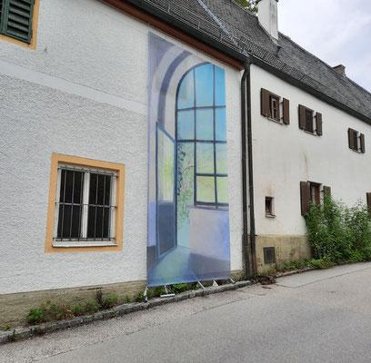 """Transparent von """"Fenster 5""""  von Annemarie Hahne, die Nr.39 auf dem Kunstspaziergang, in der Dorfstraße beim Kloster"""