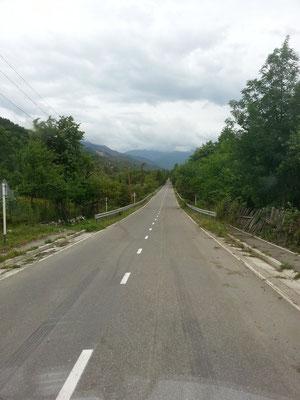 Perfect road until Lentekhi