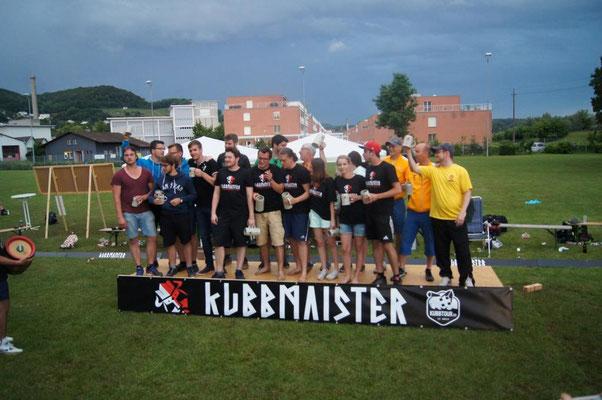 De Giuseppe und sini Kubbcrew verteidigt den Titel vom 9. KubbMAIster