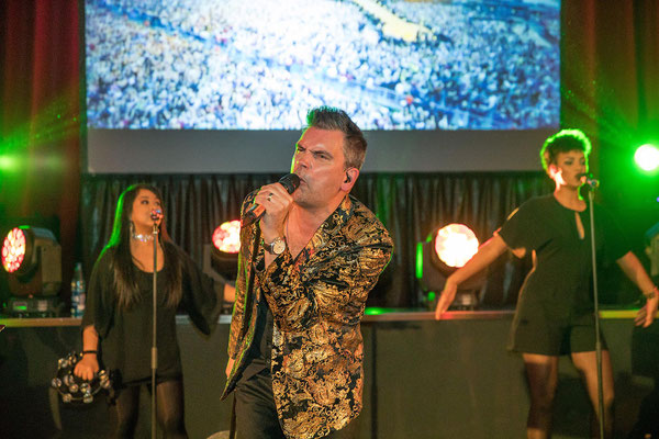 die Robbie Williams Show mit Carsten Heinze