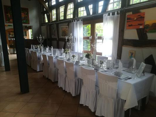 Feiern in der Kelter in Notzingen - Beispiele Tischdeko und Tischanordnungen