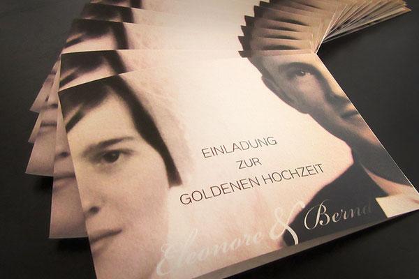 Einladungskarte Goldene Hochzeit - Klappkarte, 4 Seiten, 4/4-farbig, individuelles Layout randlos gedruckt