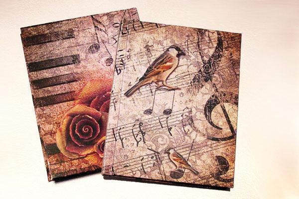 Romantisches Tagebuch Notizbuch personalisiert Grafik Thema Musik Notenpapier Singvogel Klavirtasten Notenschlüssel Rosen Name A6 Hardcover 160 Seiten cremefarben