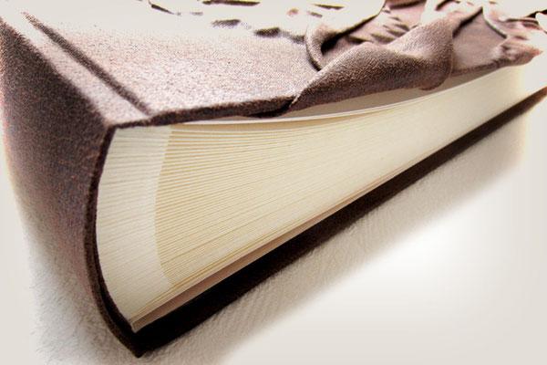 Fotoalbum Buchblock 100 Seiten creme mit Pergaminzwischenblättern im Hardcover Bucheinband Stoff antikbraun