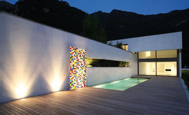 Knumox Kunstelement aus Glas am Pool