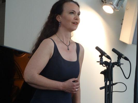 Anna Warnecke