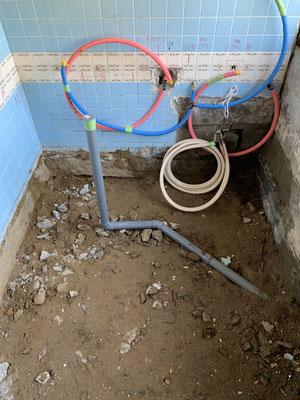 浴室リフォーム 解体 配管