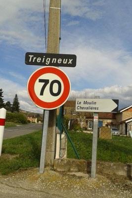 Entre Châteauneuf et Hauterives sur D51