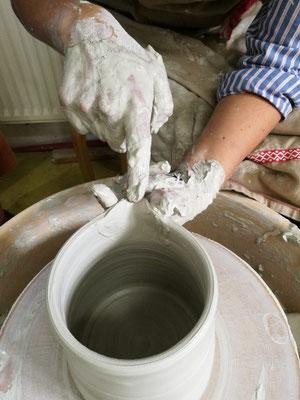 drehen auf der Toepferscheibe Katharina Heusinger,Martin Waubke Keramik Auf der Spek