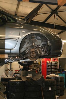 In unserer Autowerkstatt Nahe Leonberg führen wir Kfz-Reparaturen aller Art durch.