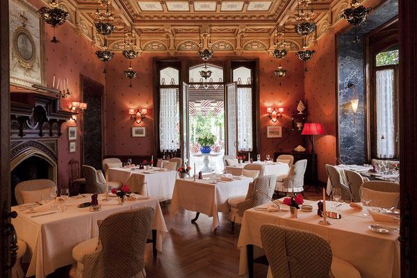 cosy dining room © Villa Feltrinelli
