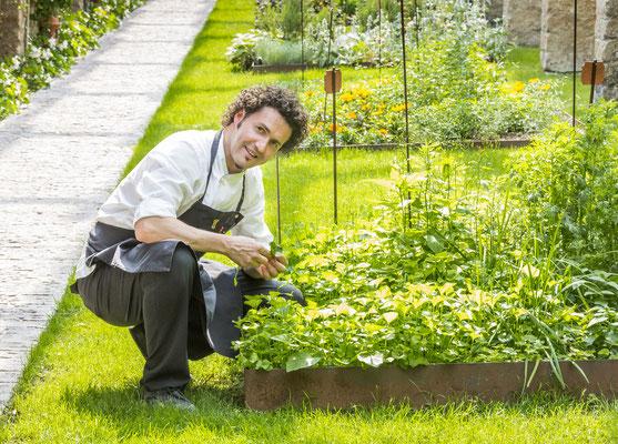 Chef and herb garden © Villa Feltrinelli