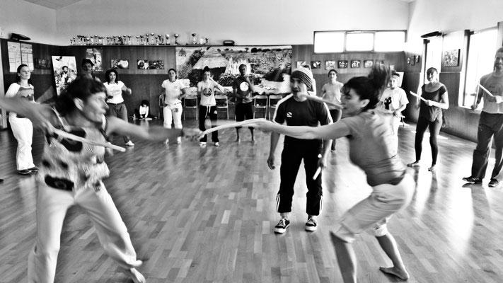 CECA - Bincadeira de angola 2 - Capoeira angola - Maculele 3