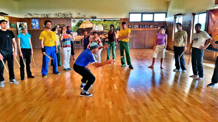 CECA - Bincadeira de angola 2 - Capoeira angola - Maculele 4