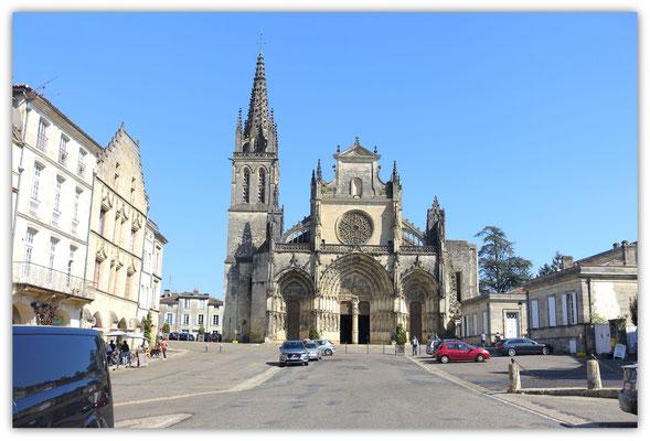 Bazas . Eglise Saint Jean Batiste