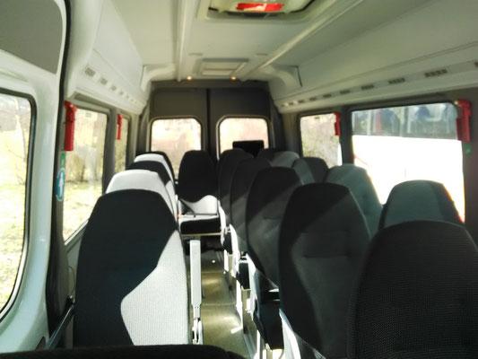 location minibus tarascon sur ariege