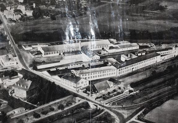 Luftaufnahme der Klingwerke (retuschiert), Industrie- und Heimatmuseum Solms