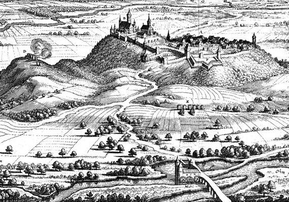 Die Brücker Mühle mit Ohmbrücke (unten) und Burg und Stadt Amöneburg. Stich von Mathaeus Merian von 1646 (Ausschnitt).