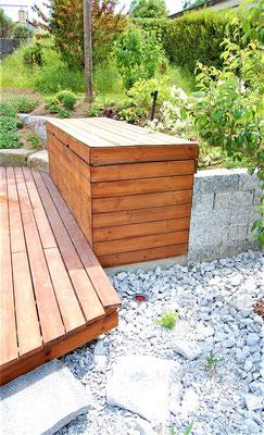 Kissenbox aus Holzdielen