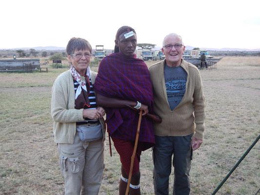Maasai - Begleitung im Serengeti Heritage Camp / Maasai - accompanying in the Serengeti Heritage Camp