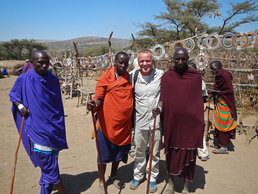 im Maasai - Dorf / in the maasai village