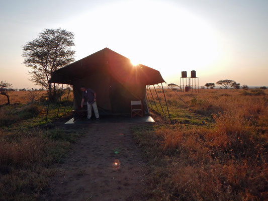 Zelt im Serengeti Heritage Camp / Tent in the Serengeti Heritage Camp