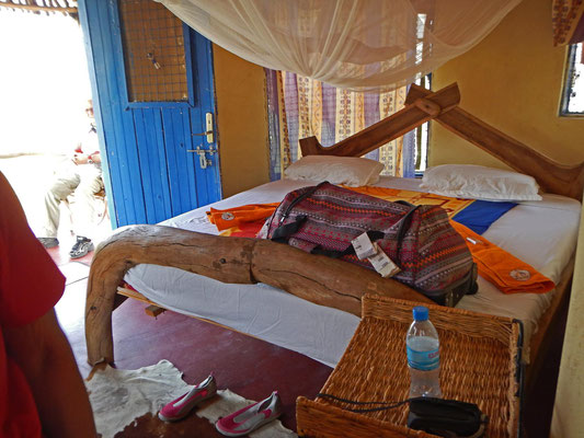 Bett Maasai Giraffe Eco Camp / Bed Maasai Girafffe Eco Camp