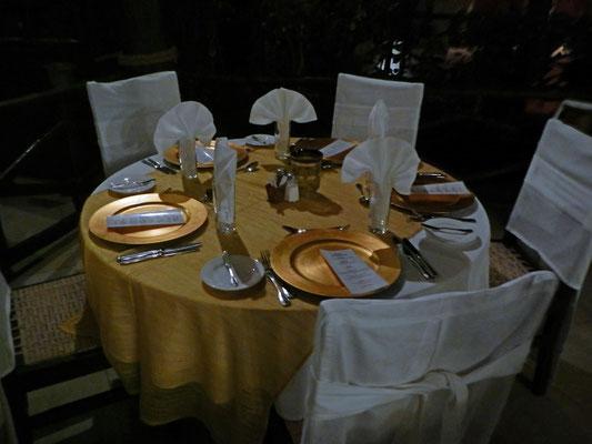 Abendessen im Breezes Beach Club Zanzibar