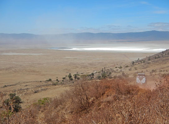 Blick in den Ngorongoro Krater / View in  the Ngorongoro crater