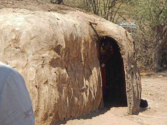 Maasai - Hütte / Maasai hut