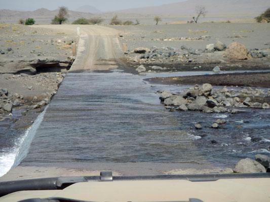 Wasserdurchfahrt / Water passage