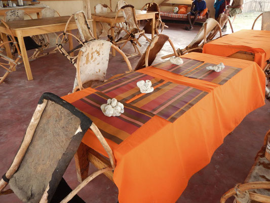 Speiseraum im Maasai Giraffe Camp / Dining room in the Maasai Giraffe Camp