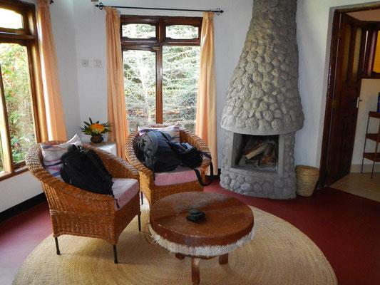 Hütte mit Kamin / Cottage with fireplace