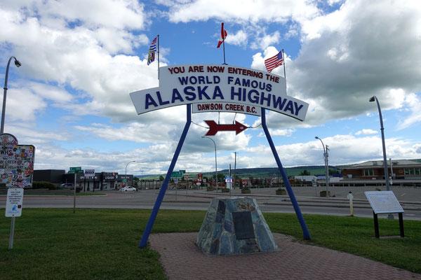 Am Start des Alaska Highways...