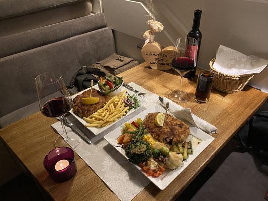 ...und einem Restaurant - unser feines Womo-Dinner-Cordon bleu